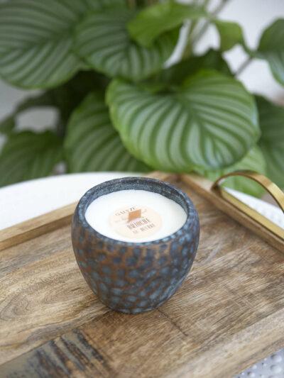 Photo Bougie Etna dans un pot doré et bleu
